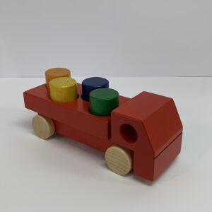 Weizenkorn – Lastwagen mit Klötzen rot